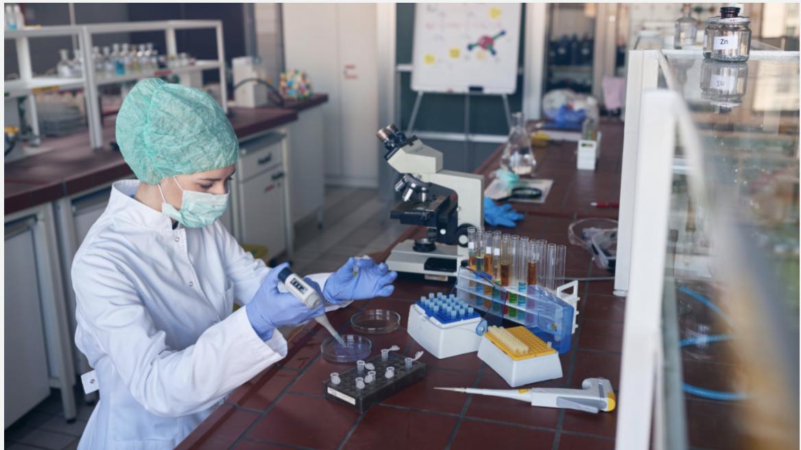 Amazon web services y genexus vacunas covid